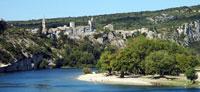 Aiguèze le village