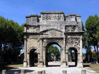 Orange ville antique location de vacances gite vaucluse