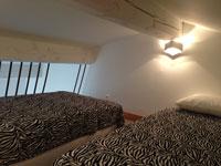 Chambre mezzanine vue 1